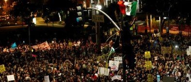chi town protest trump